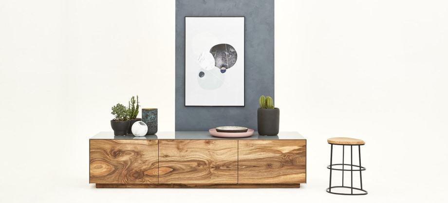 Individuelles Holzsideboard aus Holz nach Maß