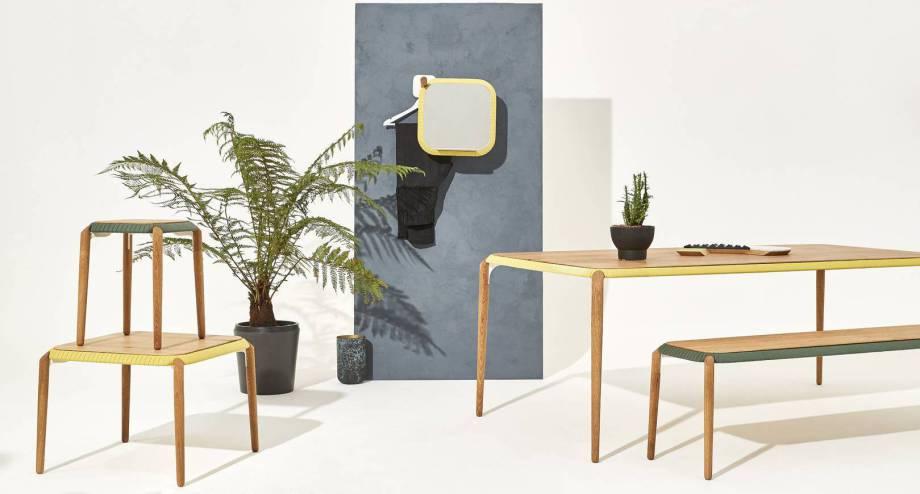 Individuelle Couch- und Esstische aus Holz nach Maß