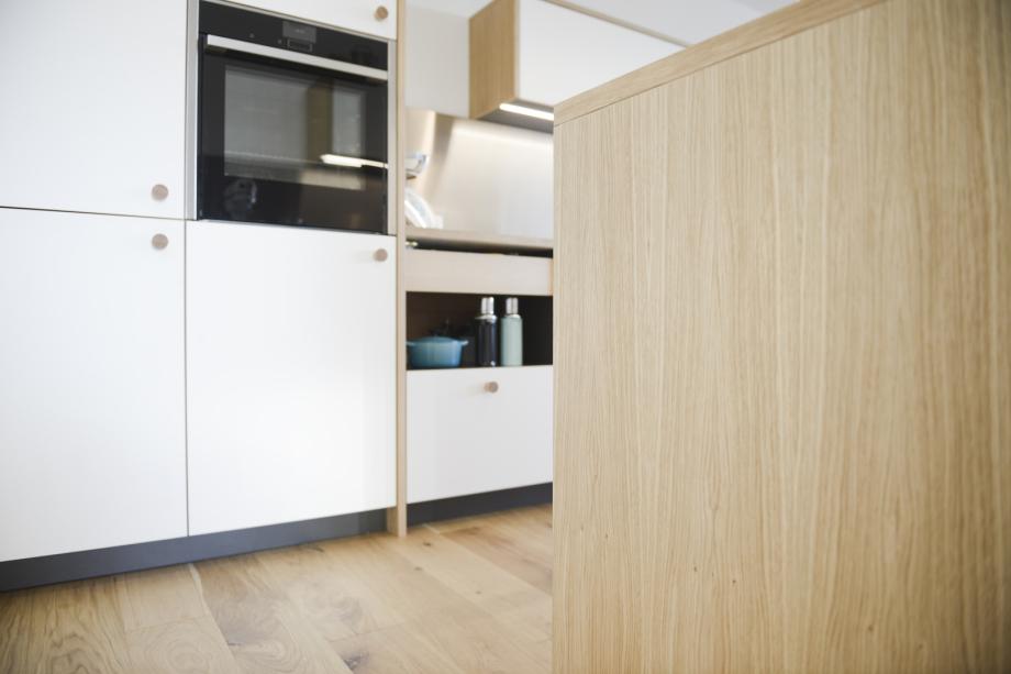 Küchenzeile im skandinavischen Stil
