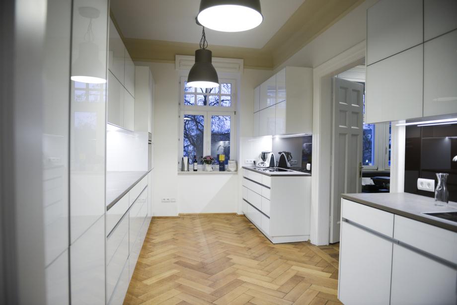 moderne Küche im Münchner Altbau